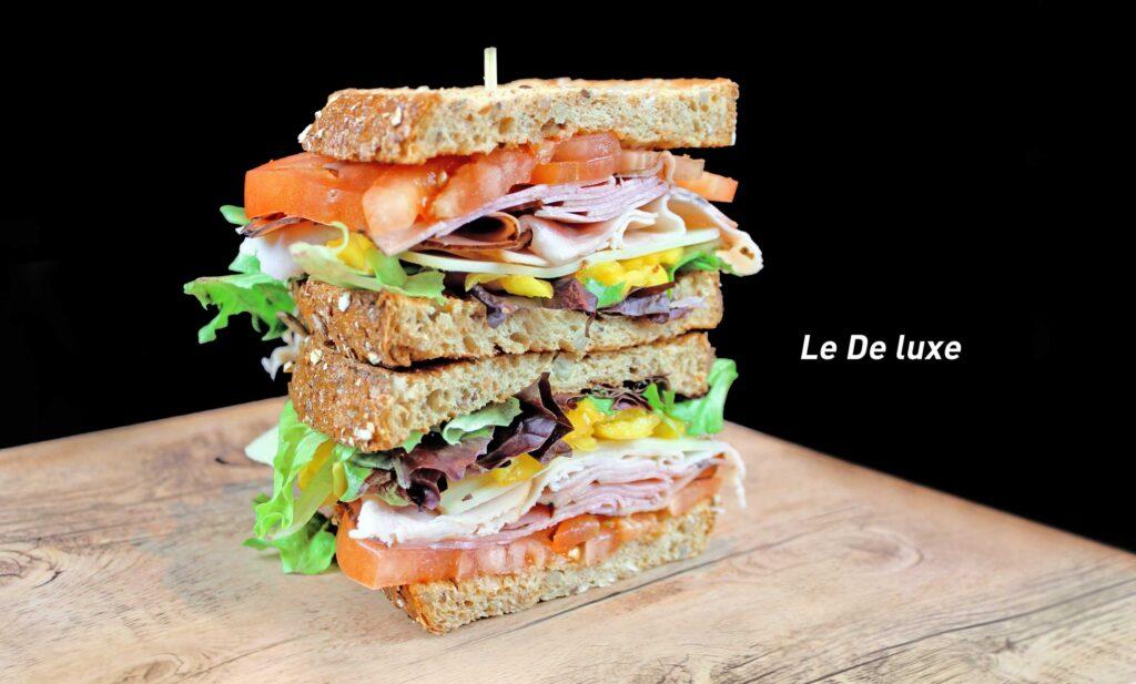 SandwichDeluxeCaffu